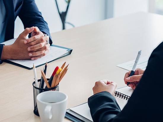 コミットメントと完遂力を発揮する専任契約